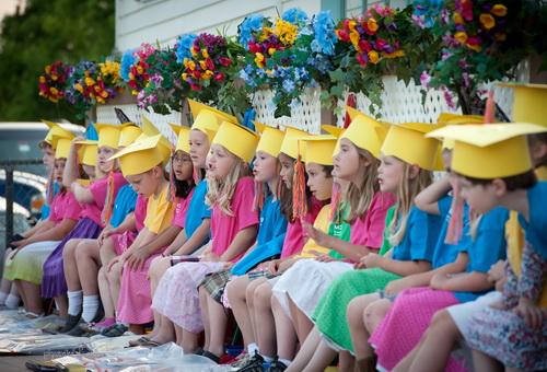 Украсить зал детского сада своими руками фото 539