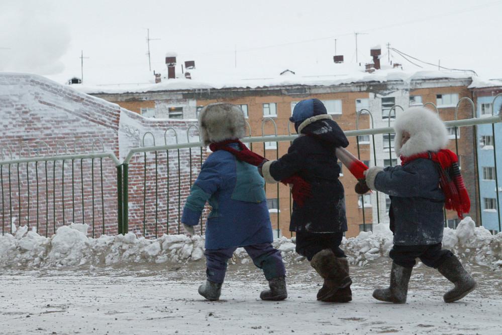 Становиться на очередь в детский сад