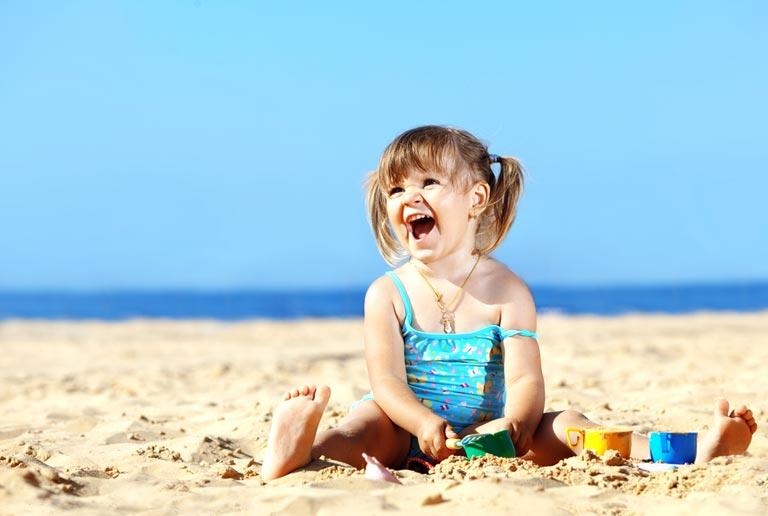 Аптечка для ребенка в дорогу: что брать с собой на море или в путешествие? * . Family.by